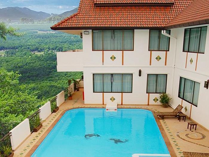 โรงแรม ยูรานา บูติค
